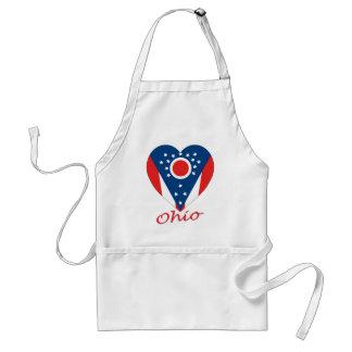 Corazón de la bandera de Ohio Delantales
