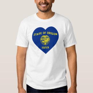 Corazón de la bandera de Oregon Playera