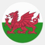Corazón de la bandera de País de Gales Pegatinas Redondas