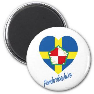 Corazón de la bandera de Pembrokeshire con nombre Imán Redondo 5 Cm