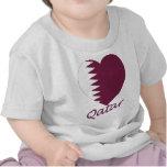 Corazón de la bandera de Qatar Camiseta