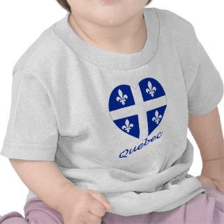 Corazón de la bandera de Quebec con nombre Camiseta