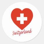 Corazón de la bandera de Suiza Etiquetas Redondas