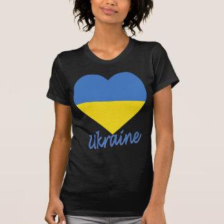Corazón de la bandera de Ucrania Camisetas