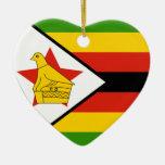 Corazón de la bandera de Zimbabwe Adorno De Navidad