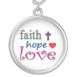 Corazón de la cruz del amor de la esperanza de la joyeria personalizada