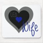 Corazón de la esposa de LEO Tapetes De Raton