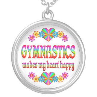 Corazón de la gimnasia feliz colgante redondo