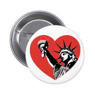 Corazón de la libertad pin redondo de 2 pulgadas