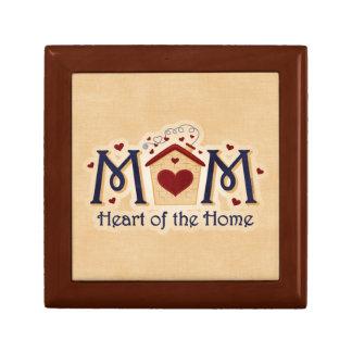 Corazón de la MAMÁ de la caja de regalo casera