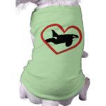 Corazón de la orca camisetas de perro