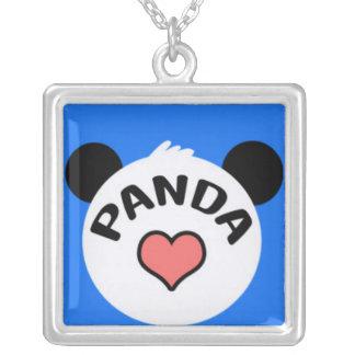 Corazón de la panda en azul colgante cuadrado