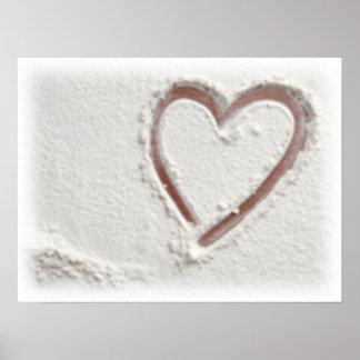 Corazón de la playa del boda de la arena póster