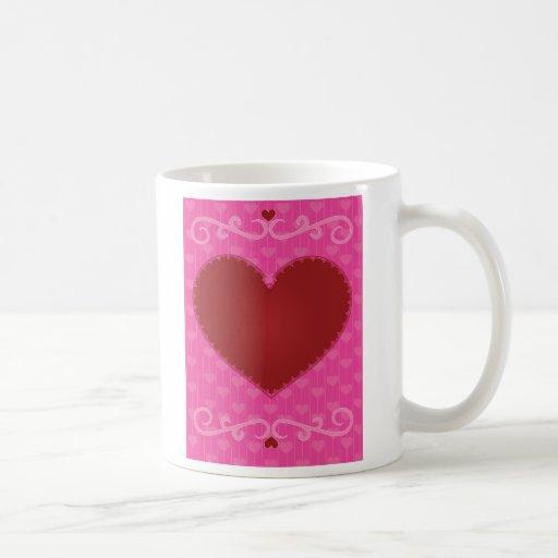 Corazón de la tarjeta del día de San Valentín Taza Básica Blanca