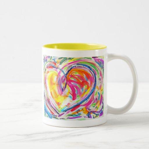 Corazón de la taza de la alegría
