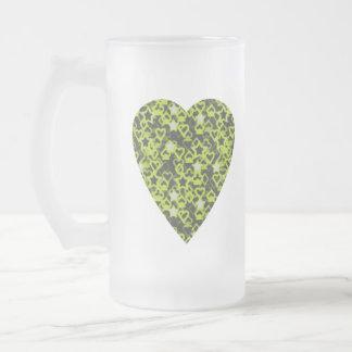 Corazón de la verde lima. Diseño modelado del Taza De Cristal