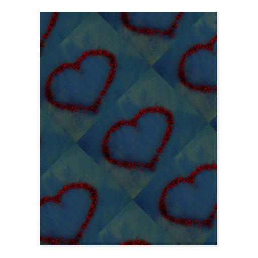 Corazón de las bayas del acebo postal