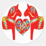 Corazón de los caballos w de Dala del sueco Pegatina Redonda