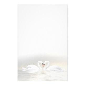 Corazón de los cisnes papelería personalizada