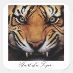 Corazón de los pegatinas de un tigre pegatinas cuadradas personalizadas