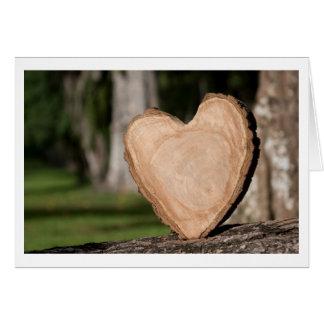 corazón de madera tarjeta de felicitación