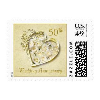 Corazón de oro, aniversario de boda de los rosas timbre postal