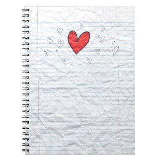 Corazón de papel del cuaderno