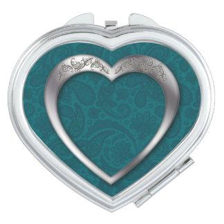 Corazón de plata en el trullo - espejo compacto de