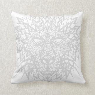 Corazón de un león - almohada - blanco gris
