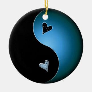 corazón de yang del yin - turquesa adorno redondo de cerámica