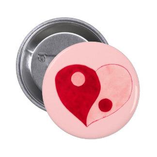 Corazón de Yin Yang (rojo/rosa) Pin Redondo De 2 Pulgadas