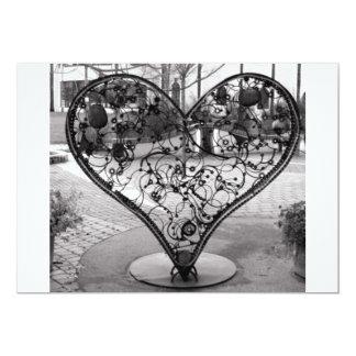 Corazón del alambre invitaciones personalizada