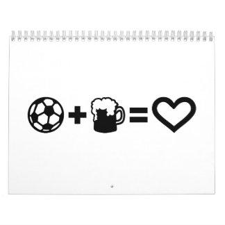 Corazón del amor de la cerveza del fútbol calendarios