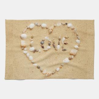 Corazón del amor del Seashell Toallas