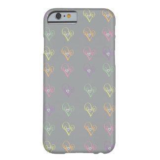 Corazón del amor funda para iPhone 6 barely there
