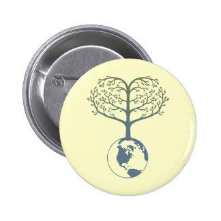 Corazón del árbol de la tierra pin redondo 5 cm