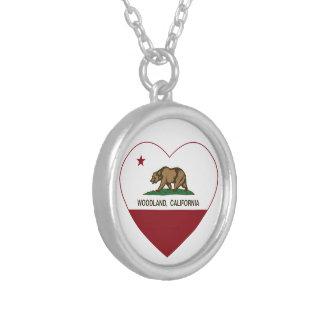 corazón del arbolado de la bandera de California Joyeria Personalizada