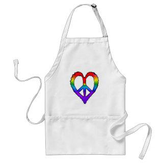 Corazón del arco iris de la paz delantal
