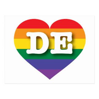 Corazón del arco iris del orgullo gay de Delaware Tarjetas Postales