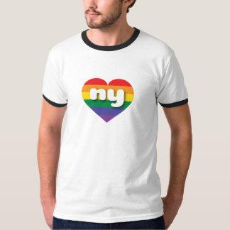 Corazón del arco iris del orgullo gay de Nueva Playera