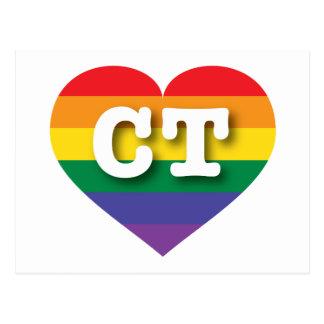 Corazón del arco iris del orgullo gay de postal