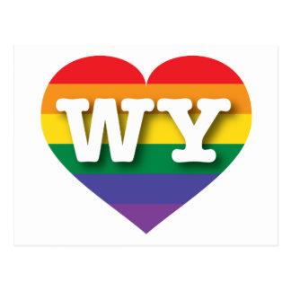 Corazón del arco iris del orgullo gay de Wyoming - Tarjetas Postales