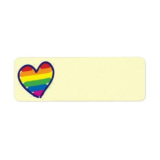 Corazón del arco iris del orgullo gay etiqueta de remite