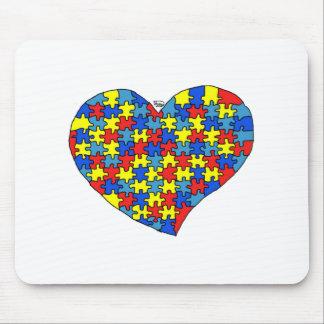 Corazón del autismo tapete de ratón