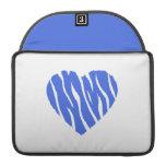 Corazón del azul real funda para macbooks