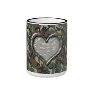 Corazón del bosque del arbolado del camuflaje en C Tazas De Café