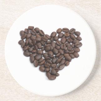Corazón del café posavaso para bebida