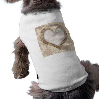 Corazón del camuflaje - desierto playera sin mangas para perro