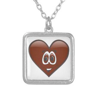 Corazón del chocolate del dibujo animado collar plateado