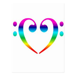 Corazón del Clef bajo del arco iris Tarjetas Postales